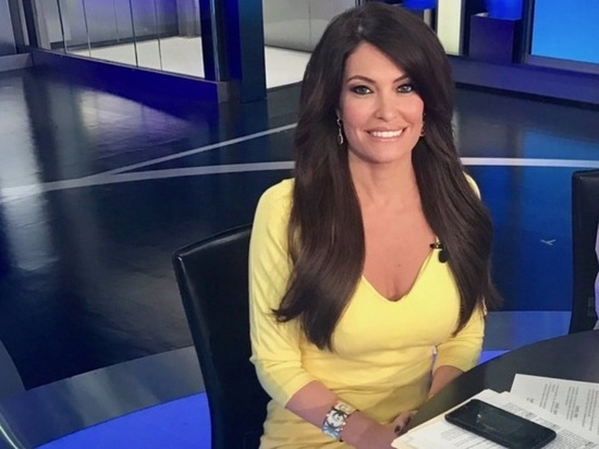 Журналистка Fox News сообщила , что будет  пресс-секретарем Белого дома вместо Спайсера