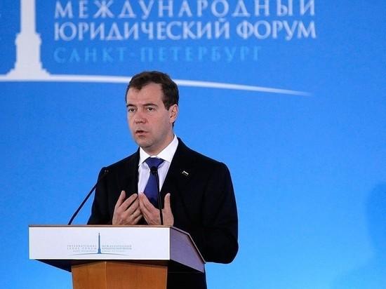 Петербургский международный юридический форум ограничит движение транспорта
