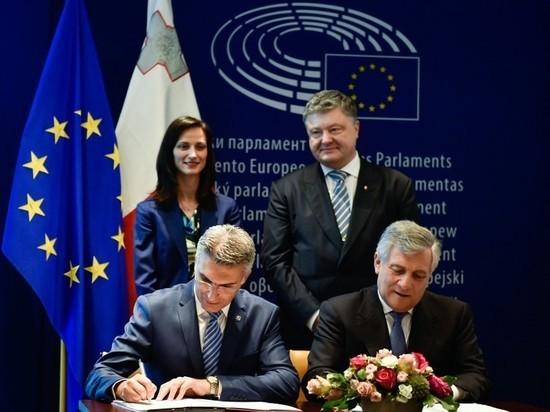 Порошенко попросил главу Европарламента запретить депутатам посещать Крым