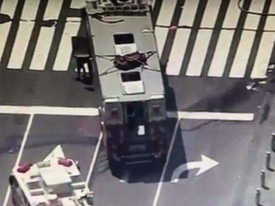 Полиция задержала подозреваемого в наезде на толпу в Нью-Йорке