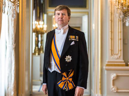 Король Нидерландов признался в тайном пилотировании пассажирских лайнеров