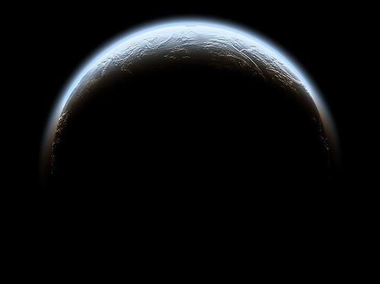 У крупнейшей безымянной планеты Солнечной системы обнаружен спутник