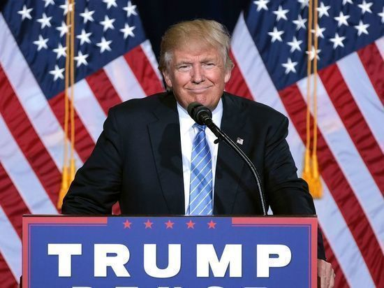 Рейтинг Дональда Трампа упал до рекордно низких значений