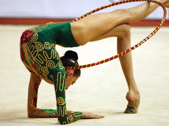Художественная гимнастика: как близнецы Аверины медали делят