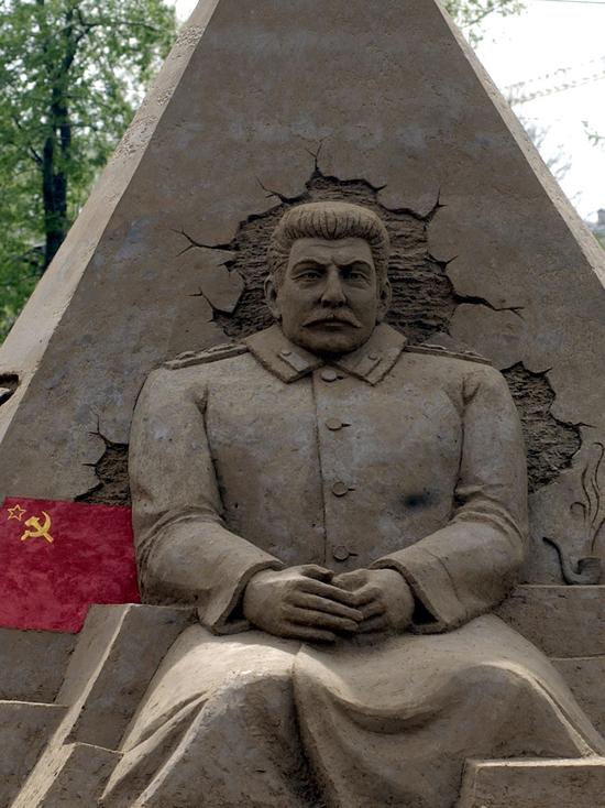 Каждый четвертый россиянин нашел оправдание для сталинских репрессий