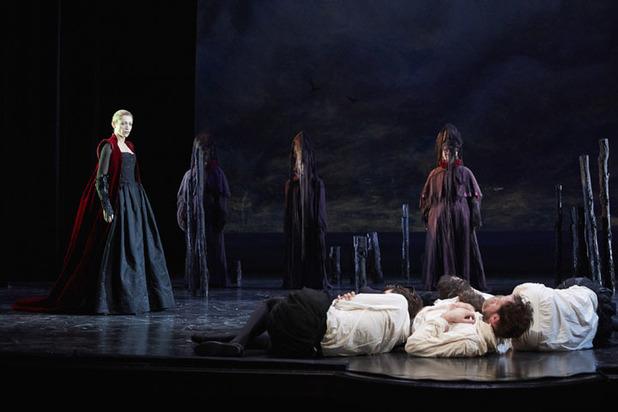 Театральный фестиваль им.Чехова откроется в огромном театре оперой Моцарта «Волшебная флейта»