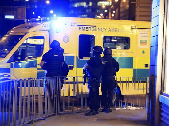 После теракта Мэй ввела в Великобритании высший уровень террористической угрозы