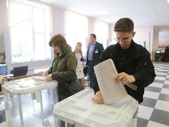 """Россиянам отменили открепительные и разрешили выбирать президента в """"крымский"""" день"""