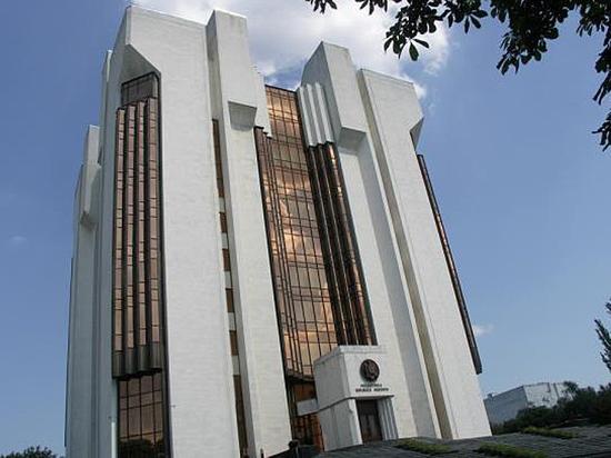 Правительство Молдавии вынудили вернуть символ президентской власти