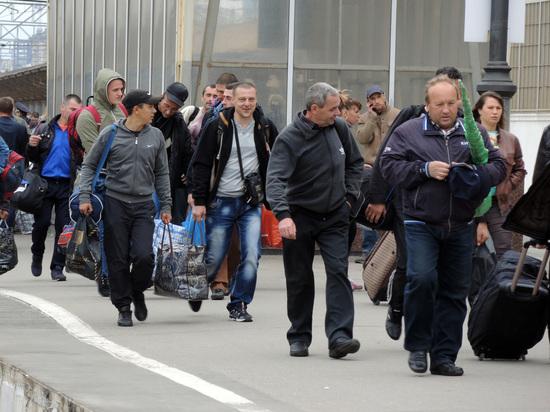 СМИ узнали о планах Киева закрыть железнодорожное сообщение с Россией