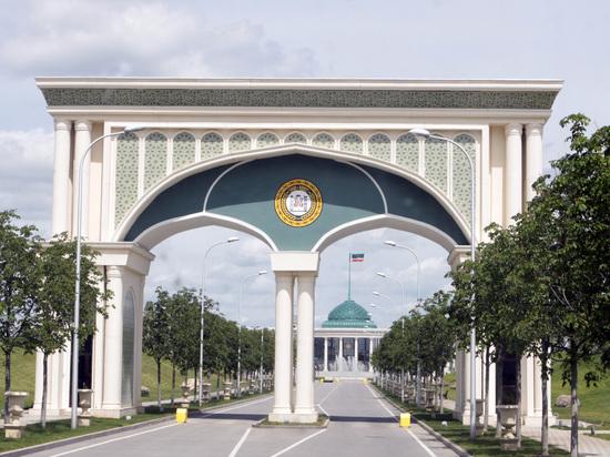В чеченском парламенте плюнули на правозащитников, рассказавших о пытках гомосексуалов