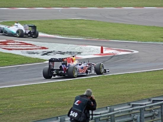 """""""Формула-1"""": После Монако Феттель уходит в отрыв от Хэмилтона"""
