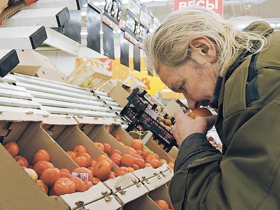 Белоруссия решила накормить Россию турецкими помидорами