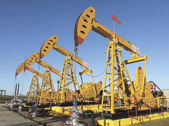 """США приготовились обрушить цены на нефть грандиозным """"сюрпризом"""""""