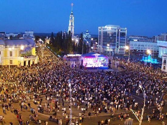 Стало известно, кто из звёзд приедет на День города в Тамбов