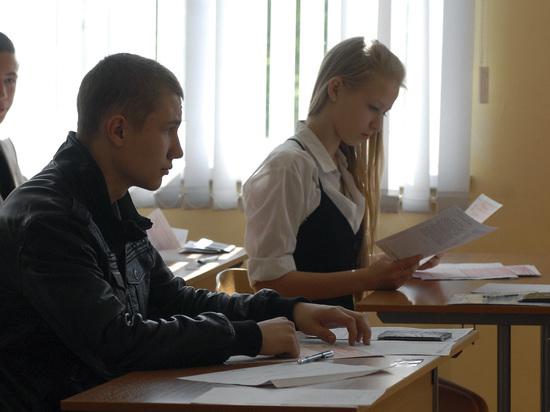 Толстой поддержал идею руководителя Минобрнауки сделать ЕГЭ политературе обязательным