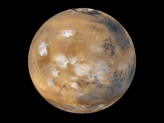 Планетологи выяснили, насколько полноводным был океан на Марсе