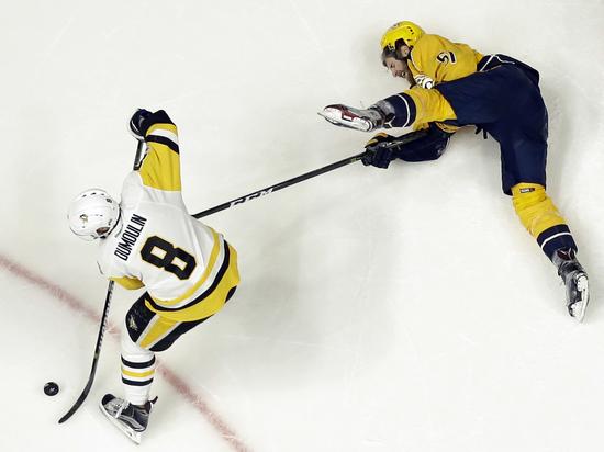 """Нэшвилл"" победил ""Питтсбург"" и сравнял счет в финале НХЛ"