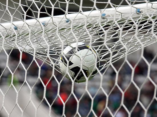 Россияне разгромили венгров в товарищеском матче по футболу