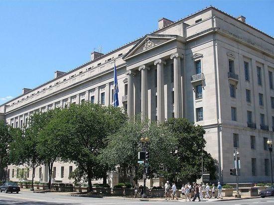 В США наемную работницу обвинили в утечке секретных данных АНБ