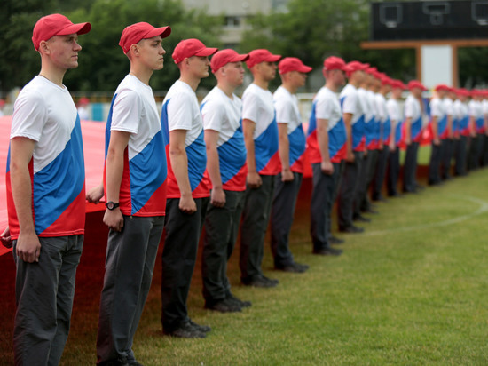 """Российские студенты назвали """"символ настоящего патриотизма"""""""