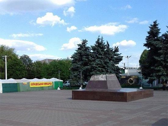 Монумент Котовскому снесли вОдесской области