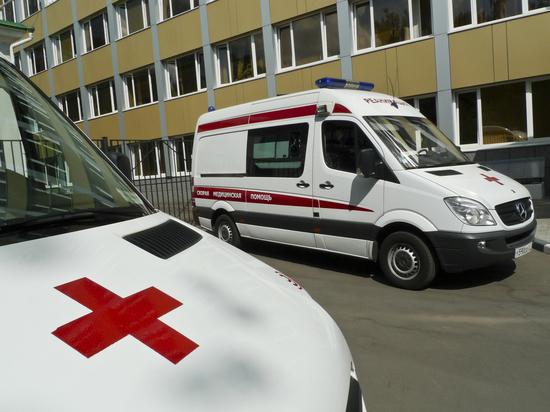 Мальчик выпал с пятого этажа в Москве из-за москитной сетки