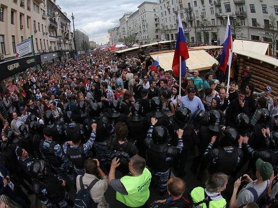 Арестованному перед митингом Навальному вынесли приговор: арестован на 30 суток