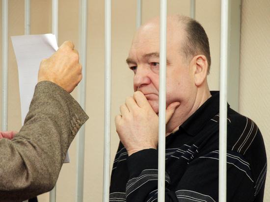Экс-глава ФСИН Реймер признан виновным вмошенничестве сбраслетами