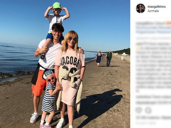 Семья Галкина Пугачевой открыто показывает своих детей в Юрмале