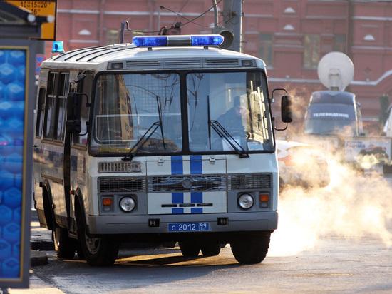 Задержанный в Казани погиб, выпав из багажного отделения полицейской машины