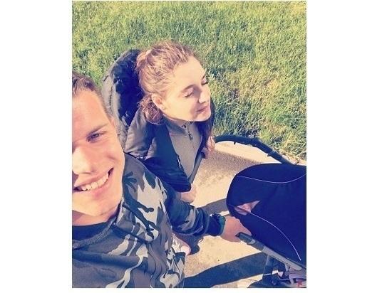 Алия Мустафина родила дочку, а Иван Скобрев полетал с сыночком