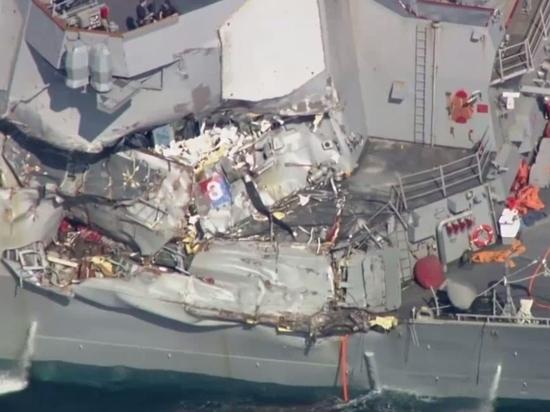 В искореженных отсеках эсминца Fitzgerald найдены тела пропавших моряков