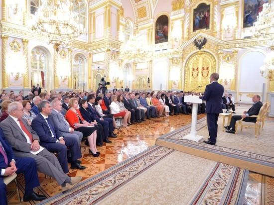 Модераторы протестных отношений: о чем Общественная палата расскажет Путину