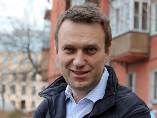 Фонд однокурсника Медведева направил досудебную претензию кНавальному иФБК