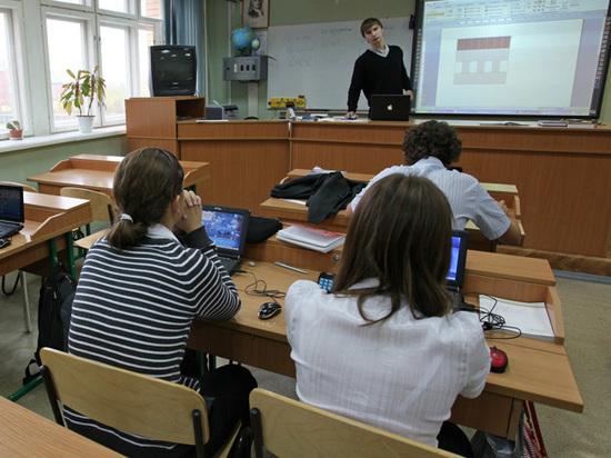 Против московских школьниц, избивших ровесницу, возбудили уголовное дело