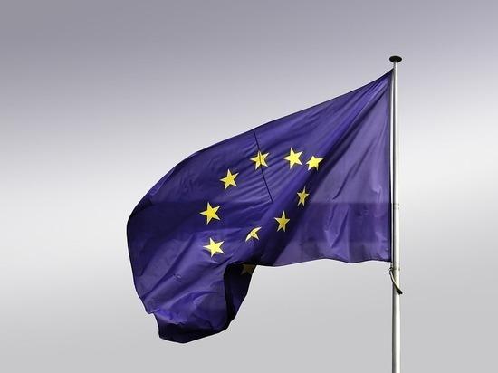 ВБрюсселе начался двухдневный саммит ЕС, грозящий РФ санкциями