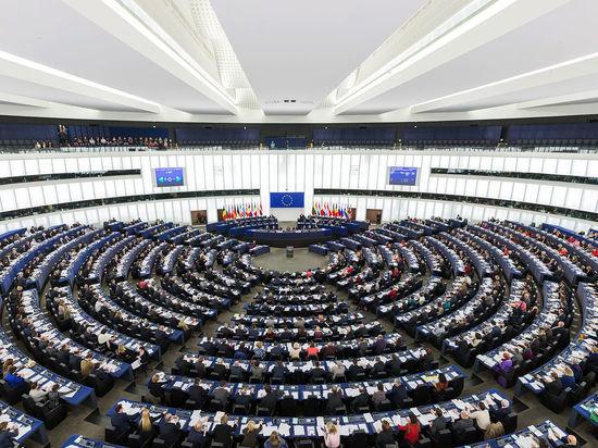 Европа защитит себя сама: лидеры ЕС одобрили создание оборонного фонда