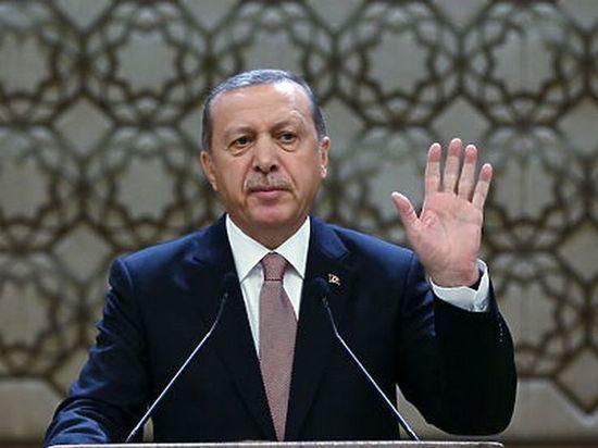 Эрдоган поведал, почему упал вобморок