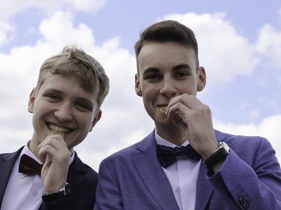 Каждый десятый выпускник в Нижнем Новгороде окончил школу с золотой медалью