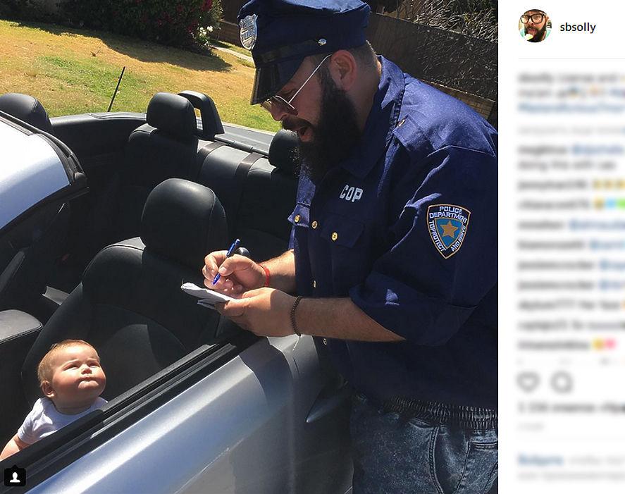 """36-летний житель Калифорнии Шолом Бер Соломон и его девятимесячная дочь Зоуи стали героями instagram. Роль """"чумового бати"""" вдохновила Шолома на создание множественных юмористических фотозарисовок со своим ребенком."""