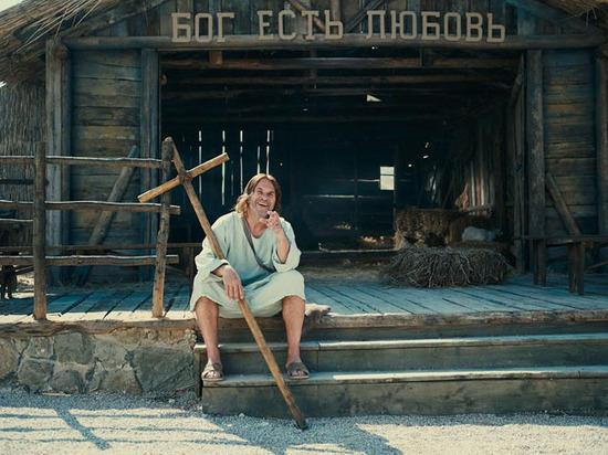 Алексей Гуськов погнался за «Вечной жизнью» с крестом