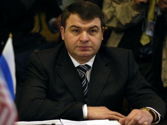 Сердюков вошел в совет директоров КамАЗа