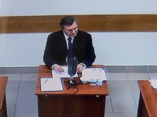Киевский суд рассмотрит дело Януковича огосизмене взаочном режиме