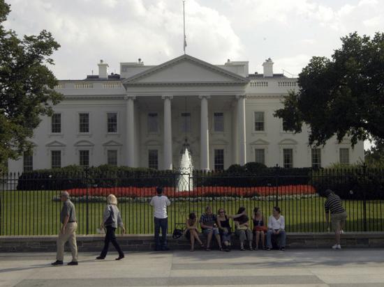 Белый дом обнародовал данные о зарплатах своих сотрудников
