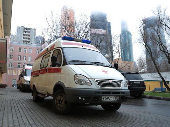 Москвич едва неотрезал себе половой член, пытаясь сделать обрезание