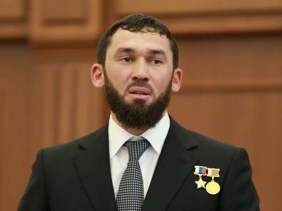 Главу чеченского Сбербанка объявили в розыск, СМИ подозревают личную месть