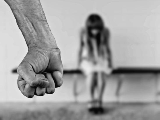 Юристы назвали лишение душевнобольных родительских прав избыточной мерой
