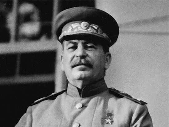 ВЦИОМ: более 40% россиян объяснили репрессии Сталина необходимостью сохранить порядок