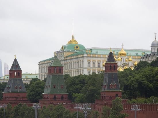 Кремль скромно прокомментировал соцопрос о президентстве Путина 2018 года